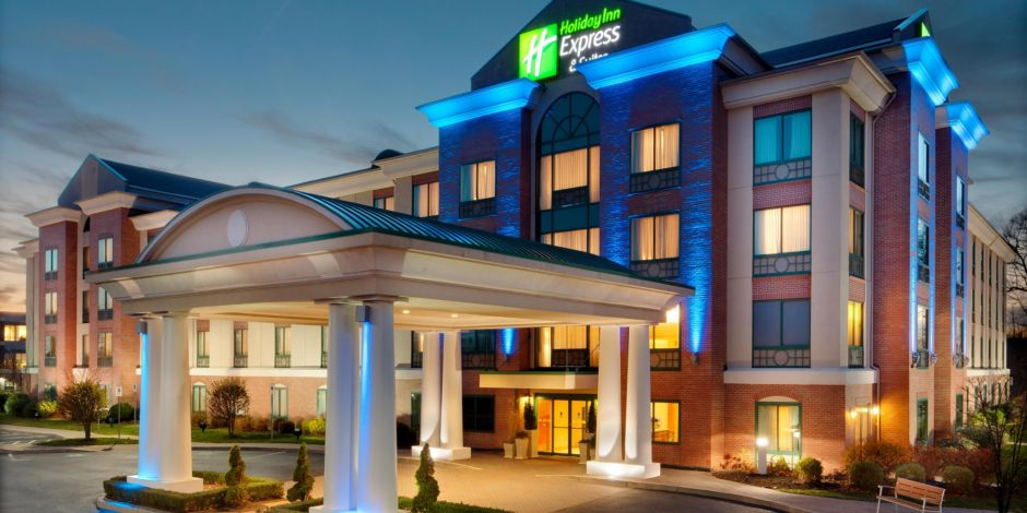 Front Desk Holiday Inn Express Hotel And Suites Warwick Pvd Airport