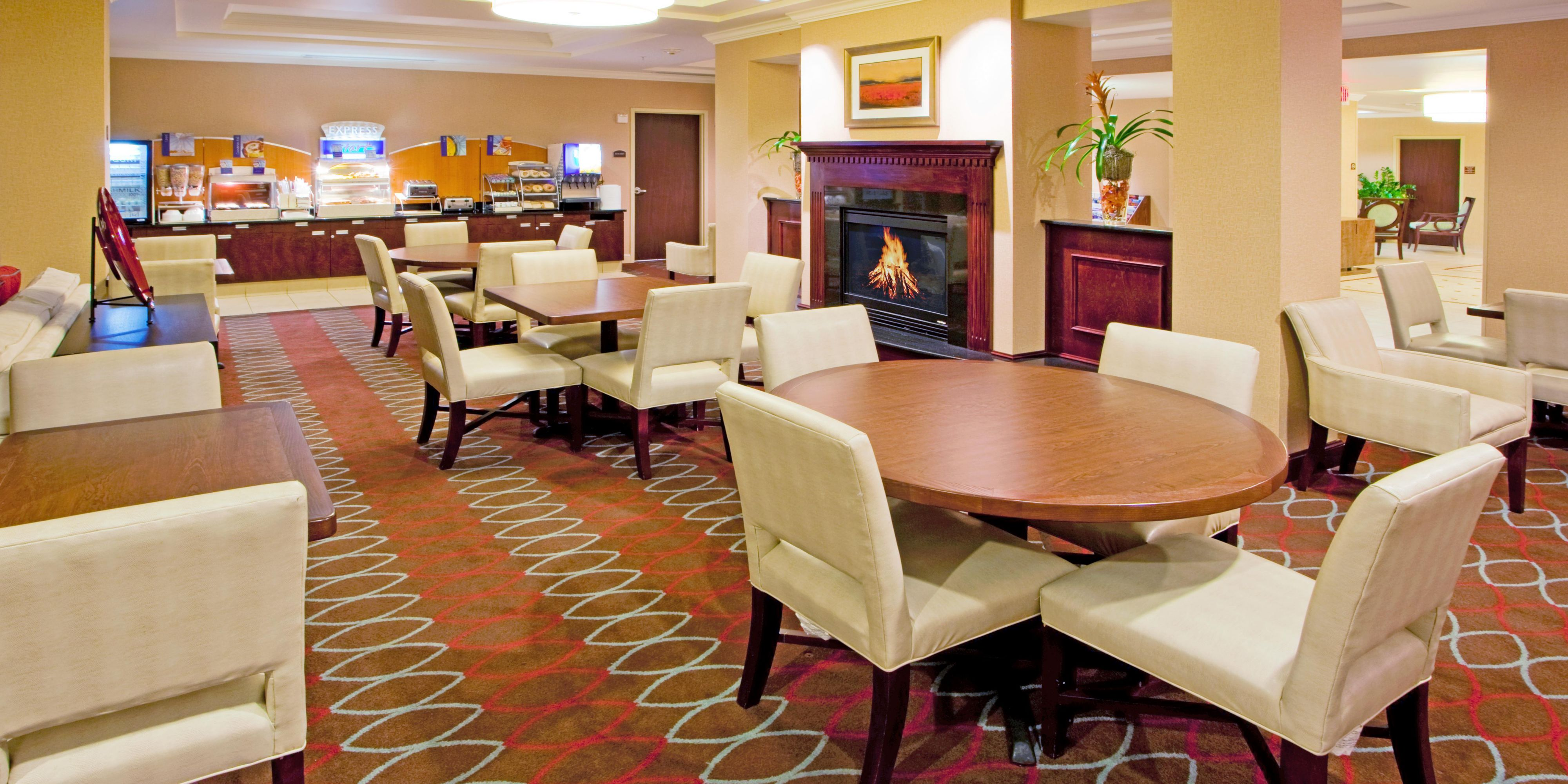 Holiday Inn Express And Suites Washington 2532502274 2x1