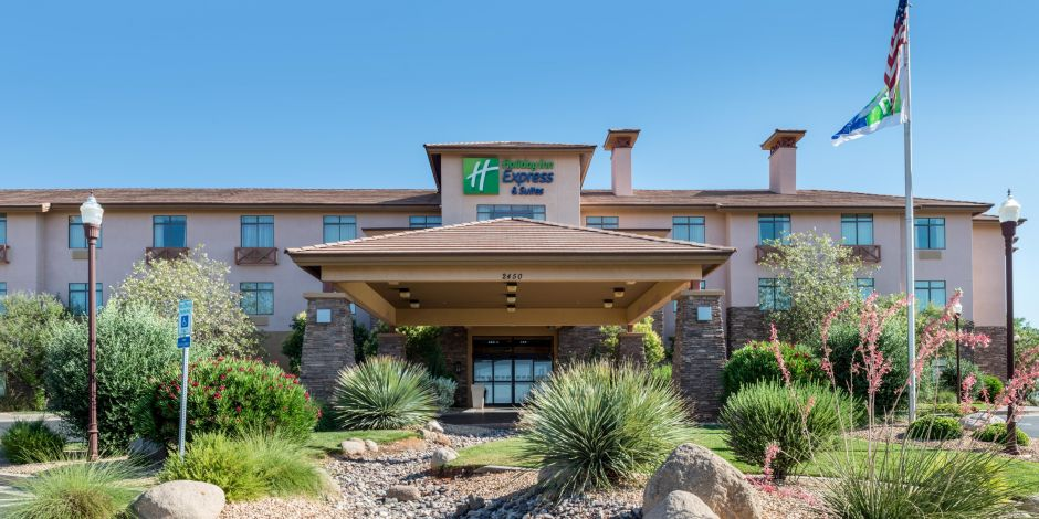 The Holiday Inn Express St George Hotel Near Zion National Park