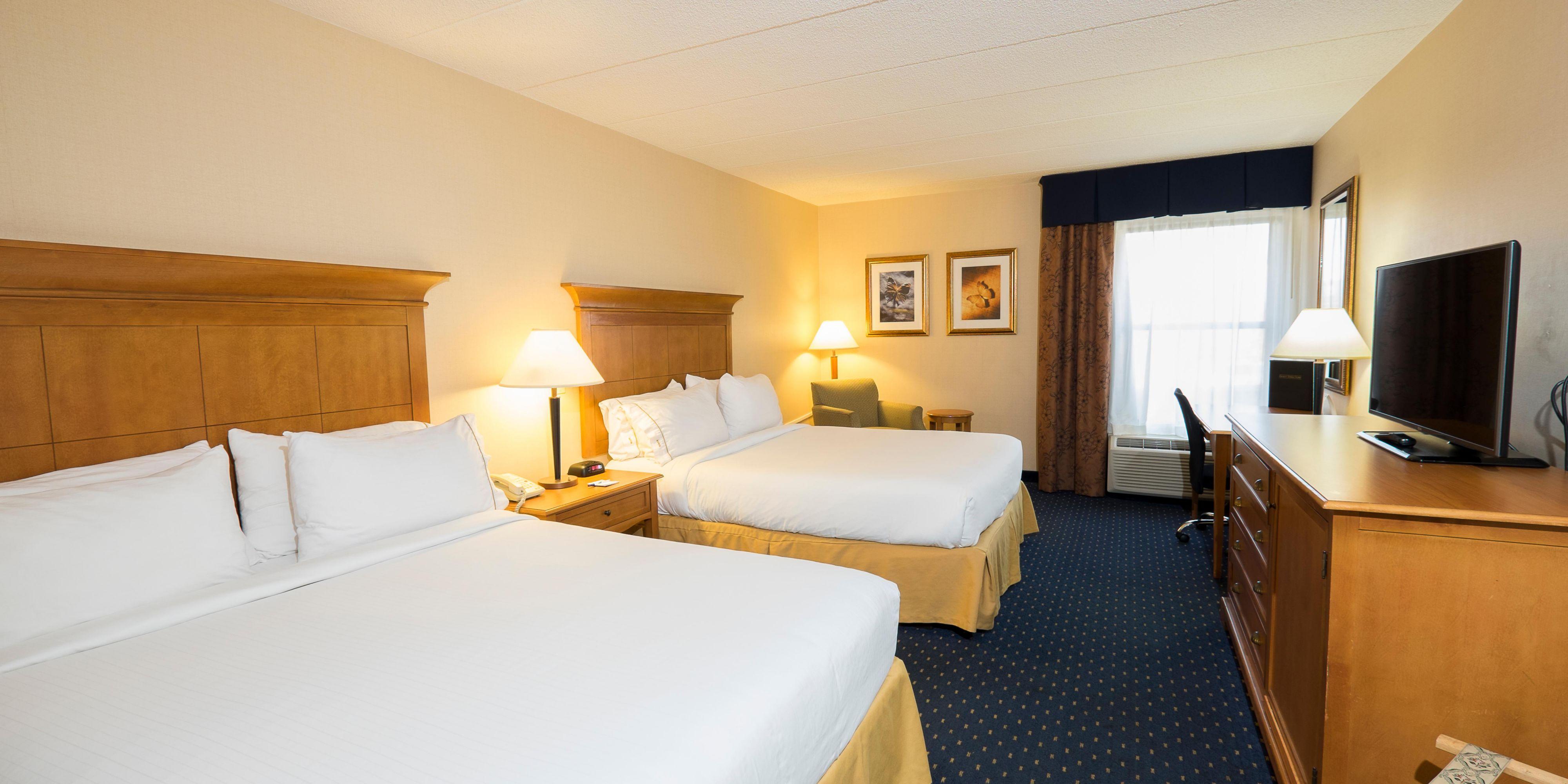 Holiday Inn Express And Suites Waynesboro 3895583874 2x1