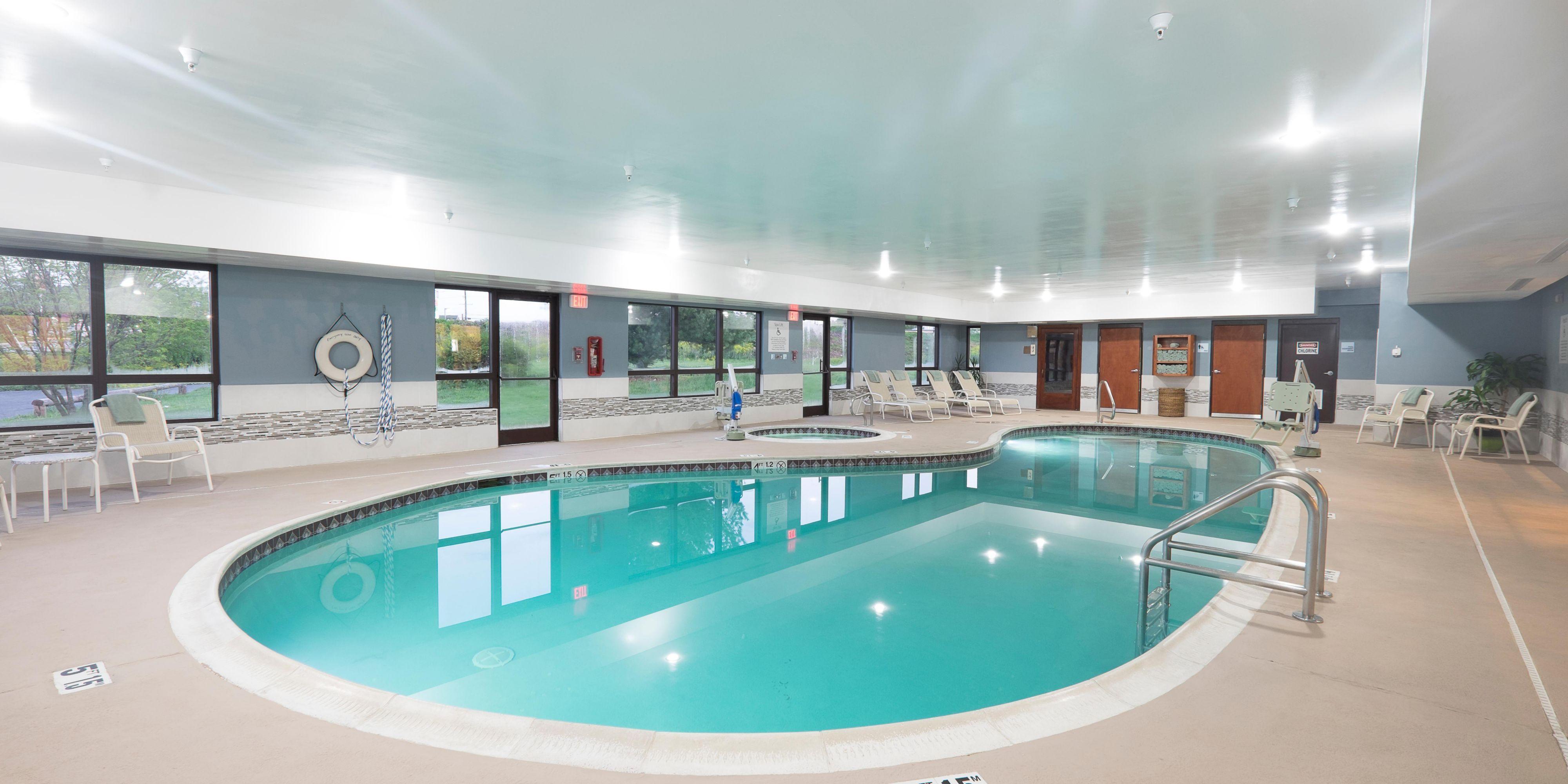 Holiday Inn Express And Suites Waynesboro 3898317107 2x1