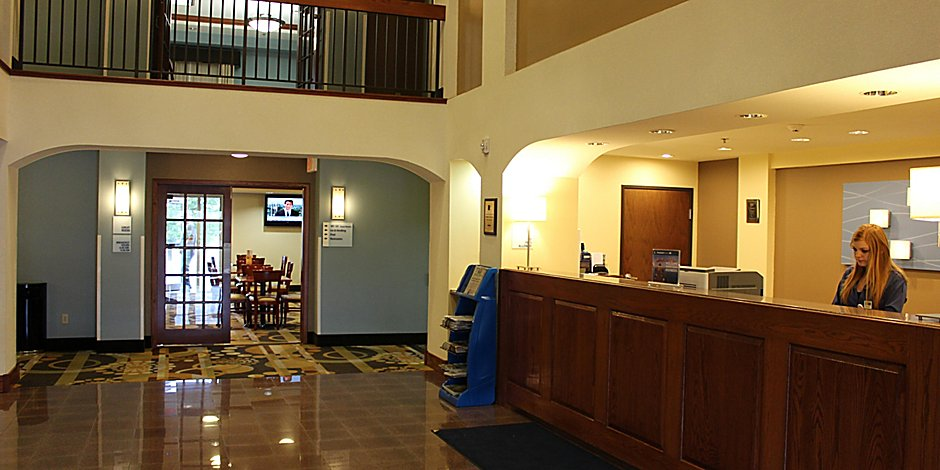 Weatherford, OK Hotel - Holiday Inn Express & Suites in