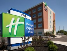 Holiday Inn Express & Suites Cincinnati North - Liberty Way