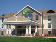 Holiday Inn Express & Suites Westfield in Vernon, Connecticut