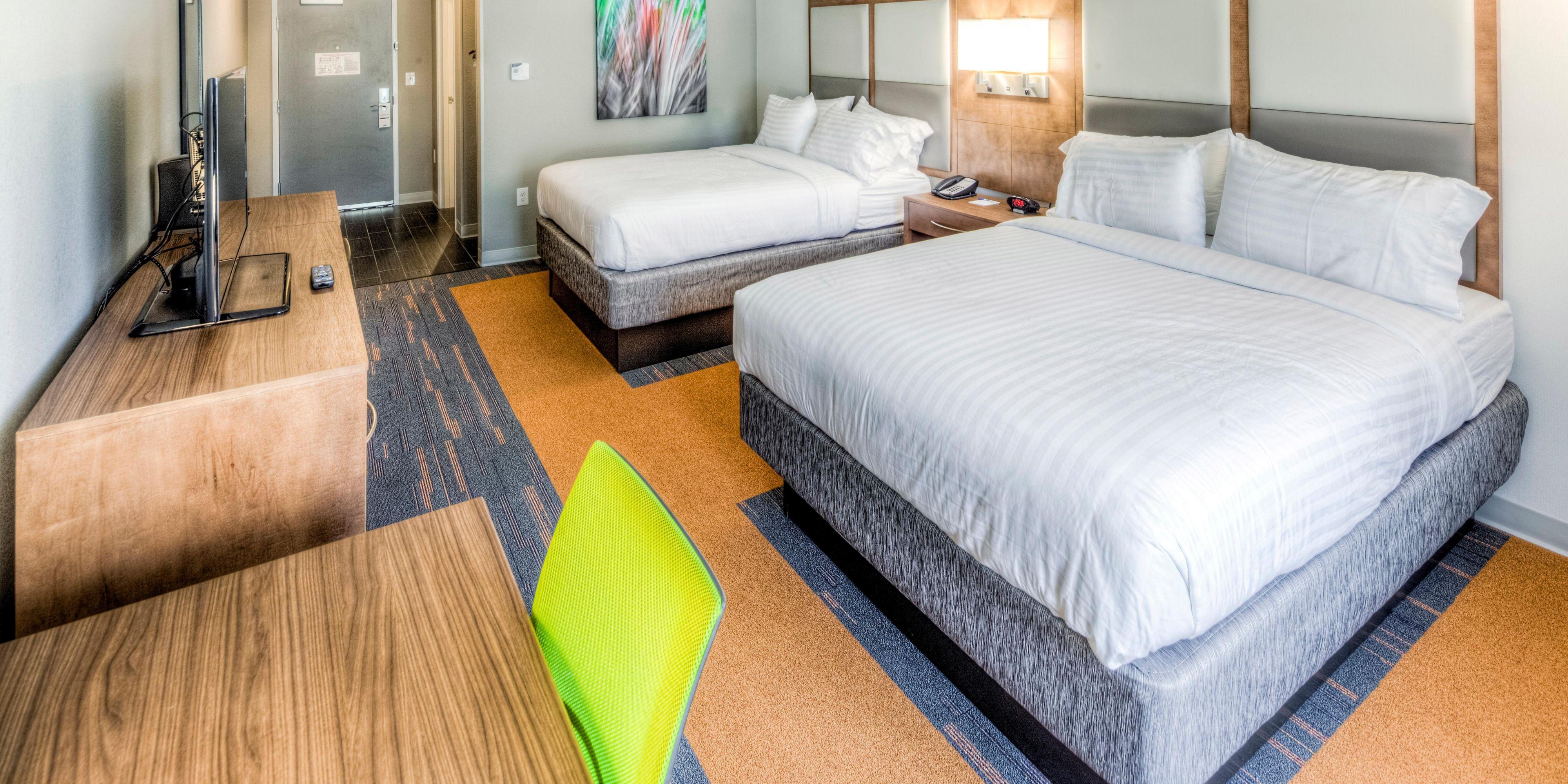 Holiday Inn Express & Suites Cleveland West - Westlake Hotel