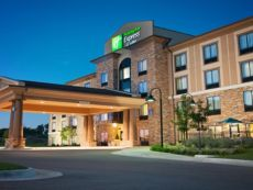 Holiday Inn Express & Suites Wichita Northeast in Newton, Kansas