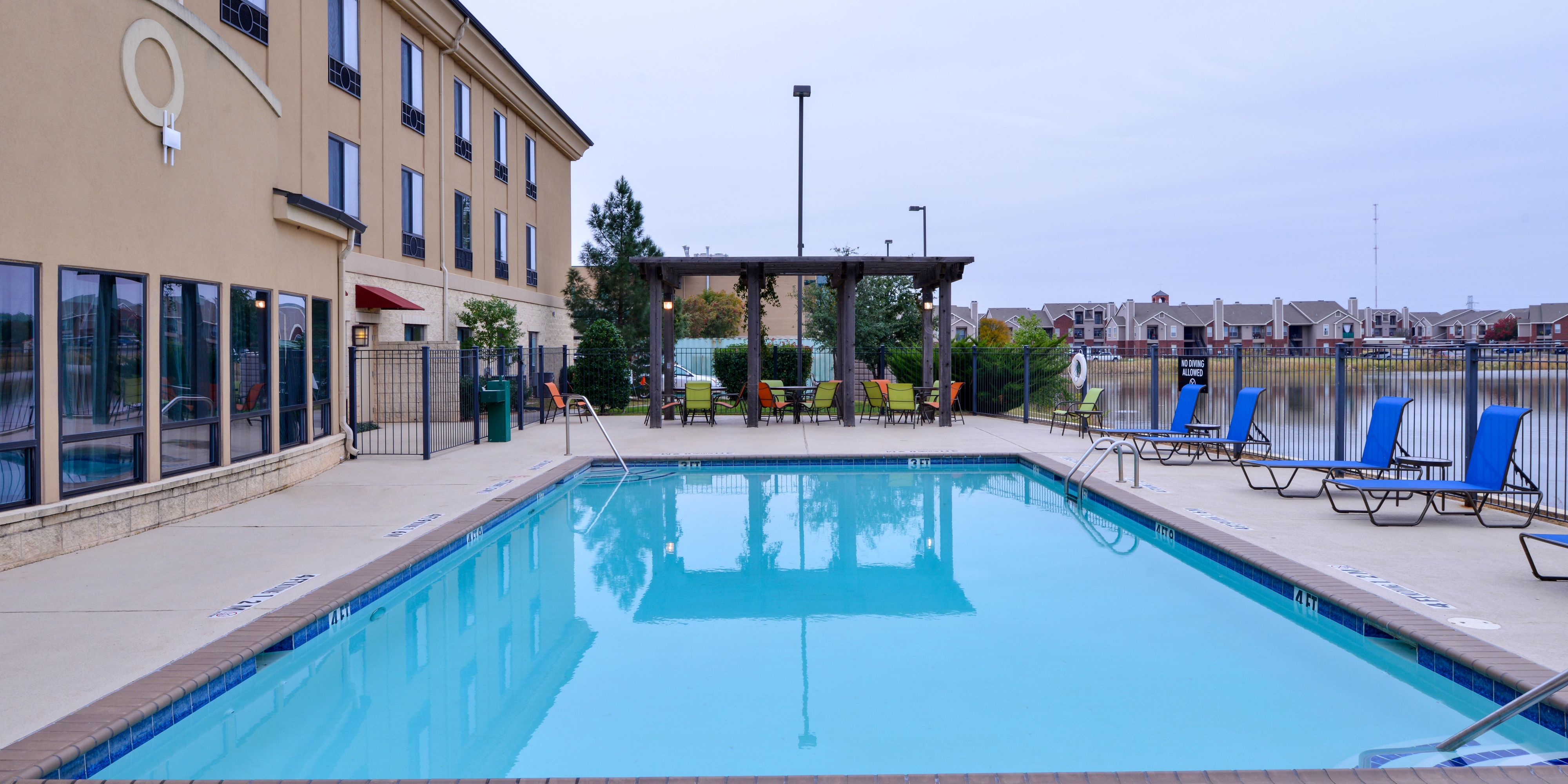 Holiday Inn Express And Suites Wichita Falls 5332028788