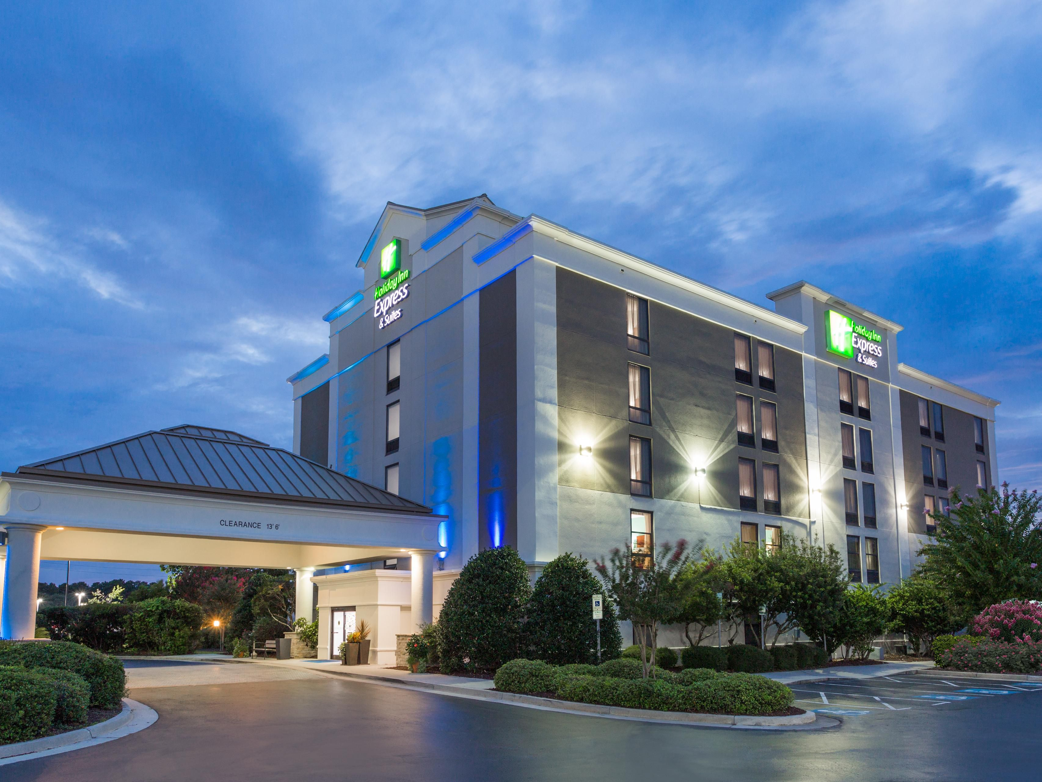 Holiday Inn Express Suites Wilmington University Ctr Hotel In By Ihg