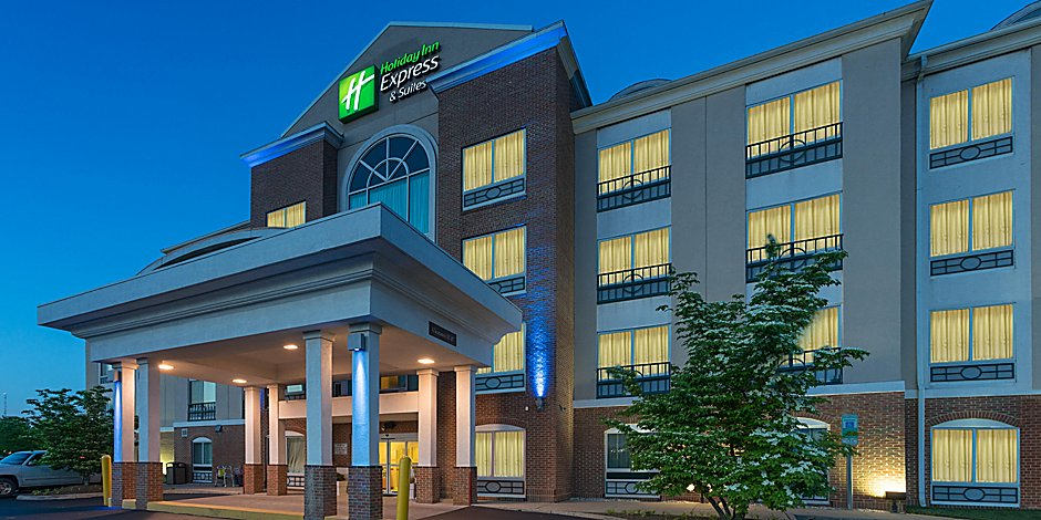 Conveniently located off I-95 minutes from the Potomac Mills Mall