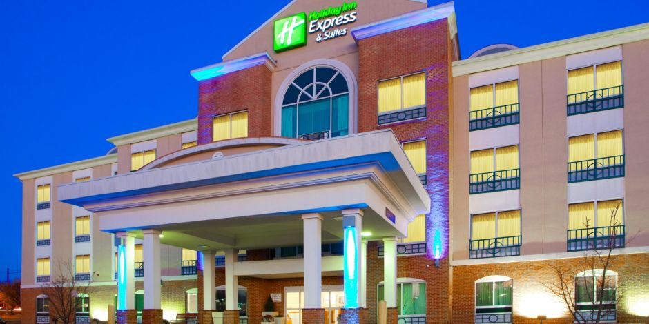 Holiday Inn Express Suites Woodbridge