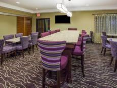 Holiday Inn Express & Suites St. Paul - Woodbury in Hudson, Wisconsin