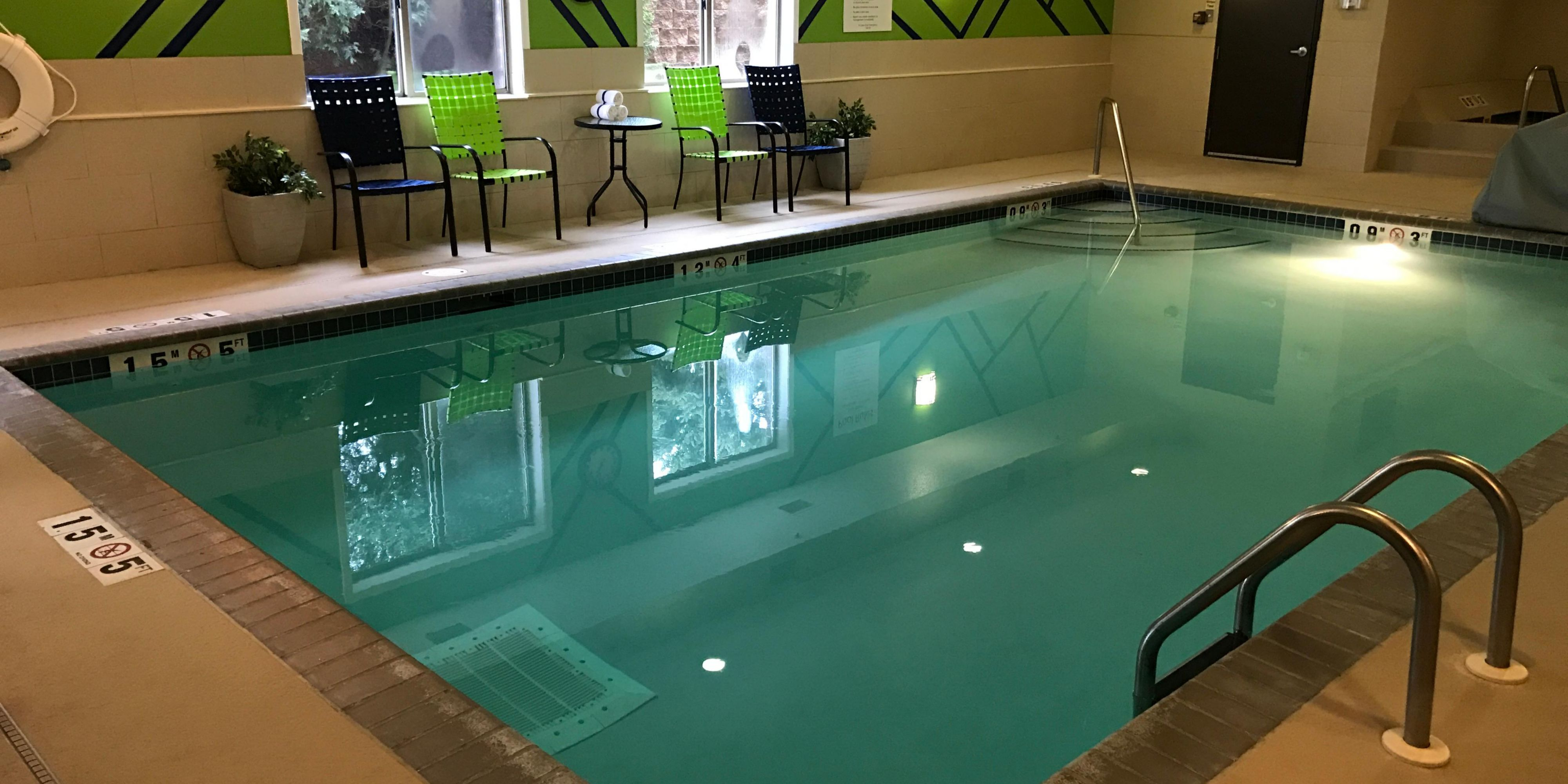 Holiday Inn Express & Suites St. Paul - Woodbury Hotel by IHG