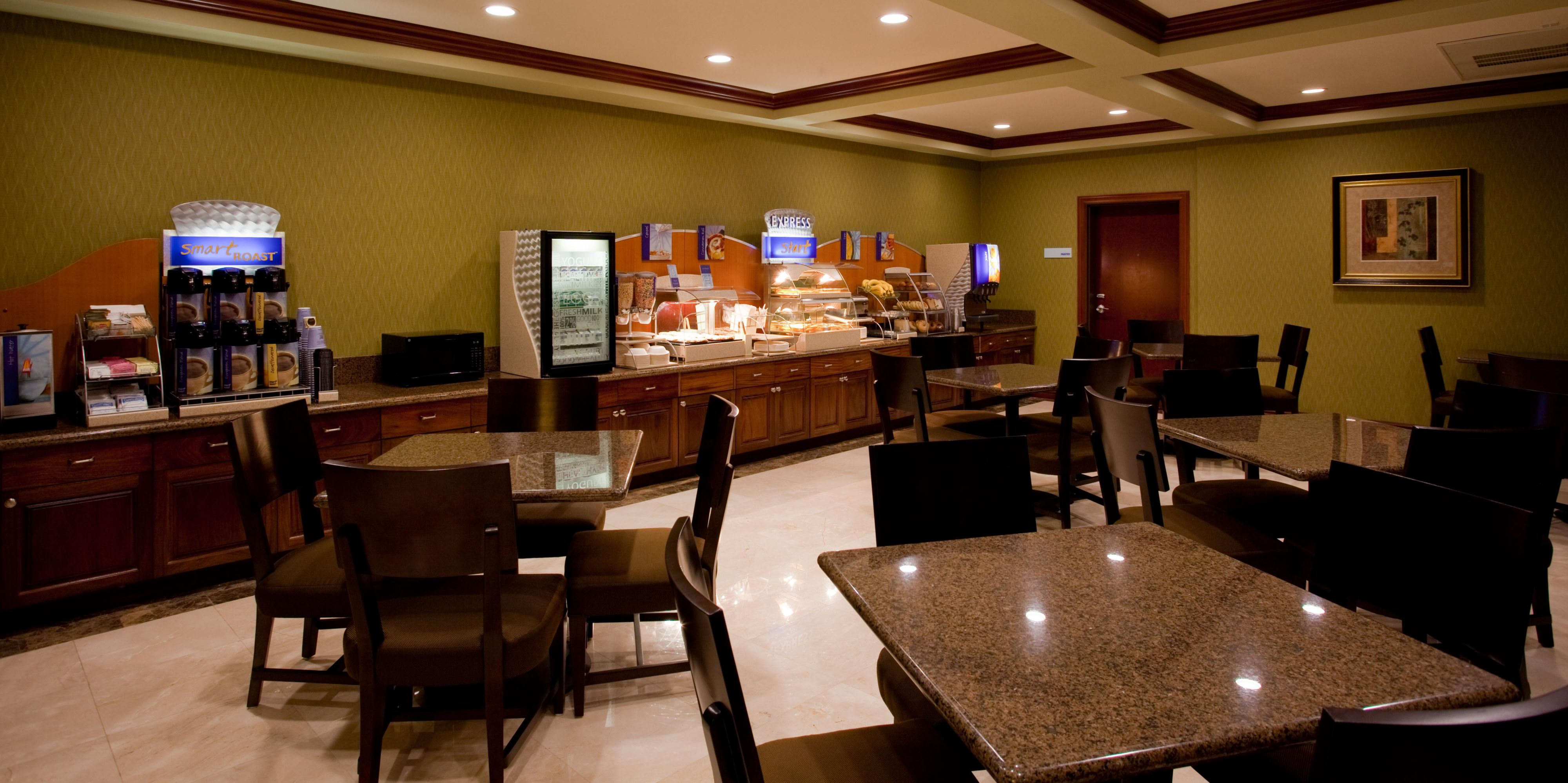 Holiday Inn Express And Suites Woodland Hills 4183229876