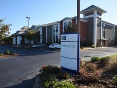 Holiday Inn Express Anderson-I-85 (Exit 27-Hwy 81) in Greenville, South Carolina