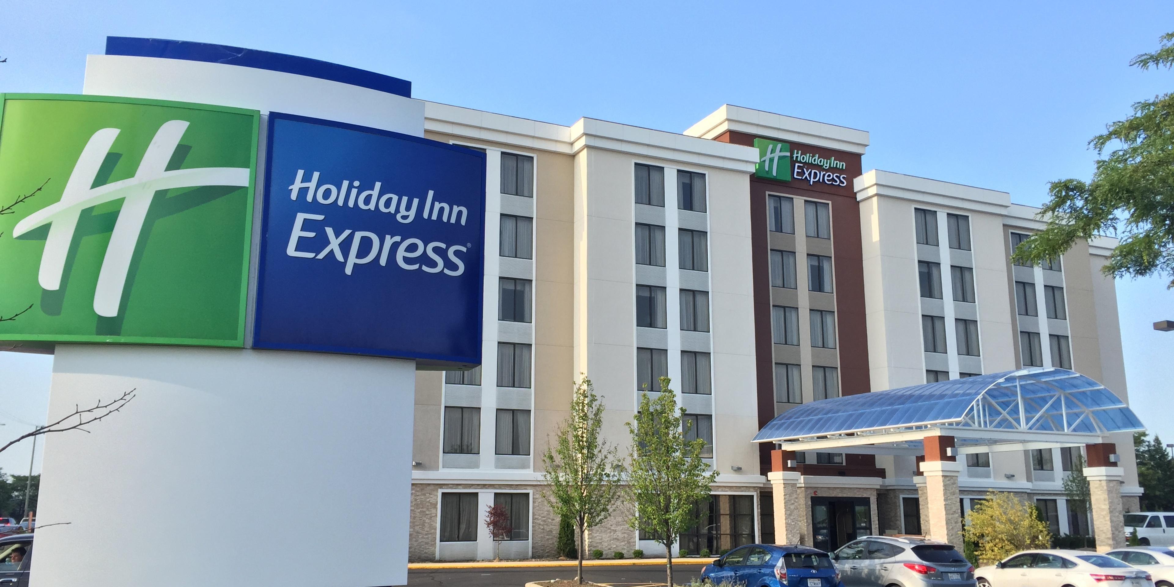 Holiday Inn Express Arlington Heights 4029588849 2x1