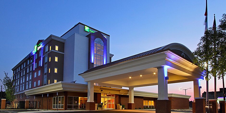 Holiday Inn Express Augusta Downtown Hotel in Augusta by IHG on augusta maine mall, augusta ga on the map, augusta ga downtown map, augusta metro augusta ga, augusta ga district map, augusta mall ga, augusta county zip codes on a map, augusta ga homes, georgia country topographic map, augusta ga usa map, augusta ga street map, augusta ga crime rate, augusta richmond county, augusta hephzibah ga 30815, augusta ga suburbs, augusta ga hotels, augusta ga neighborhood map, augusta ga restaurants, augusta utilities peach orchard road, augusta ga skyline,