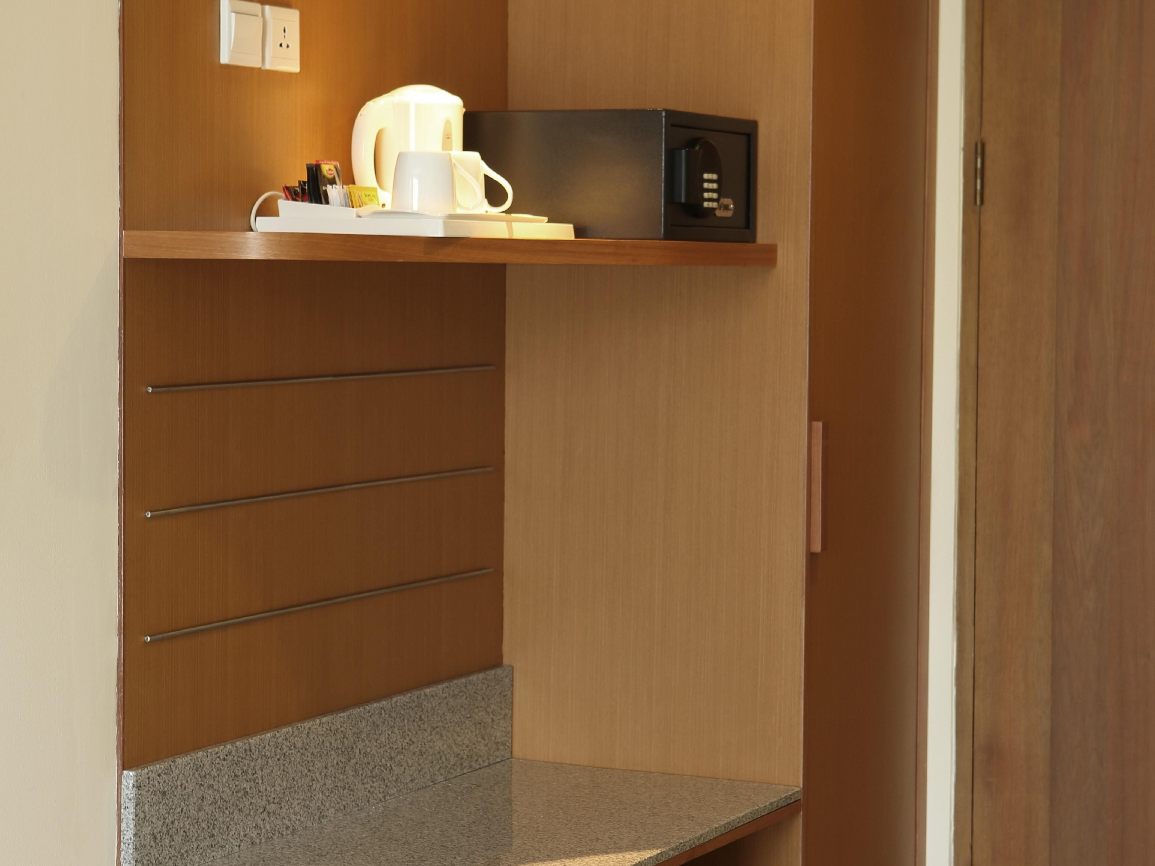 Holiday Inn Express Bali Kuta Square - In Room Amenities