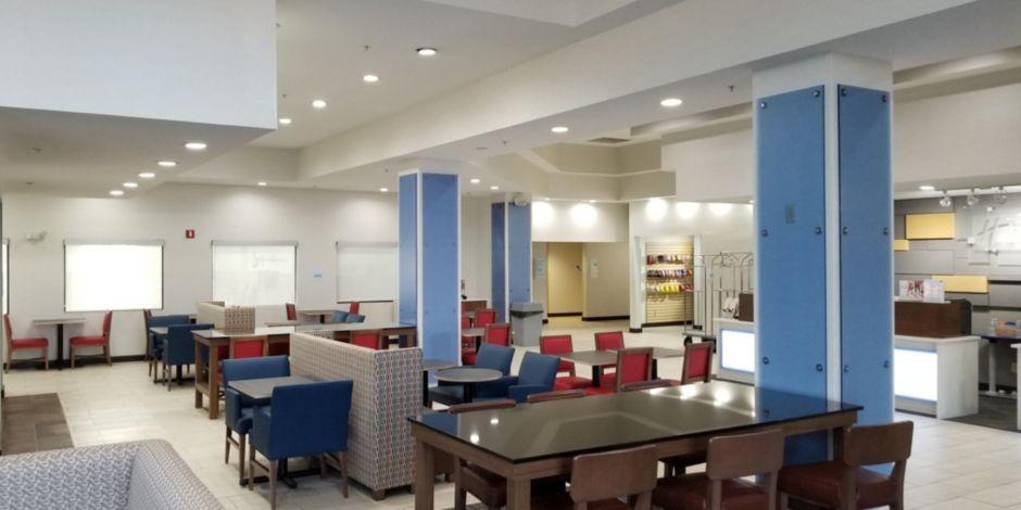 Hotel Exterior Great Room Reception