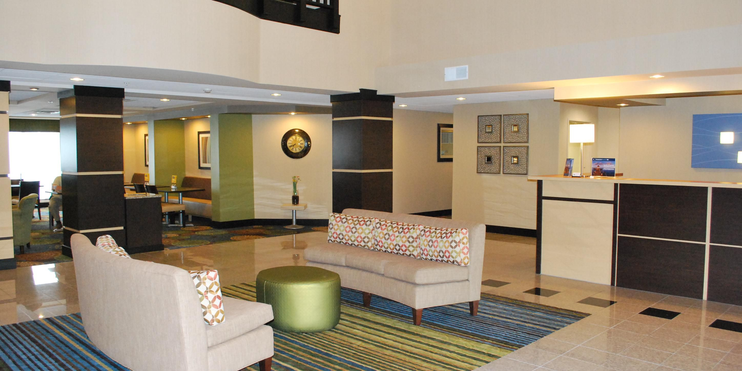 Holiday Inn Express Holiday Inn Express Bloomington West ...