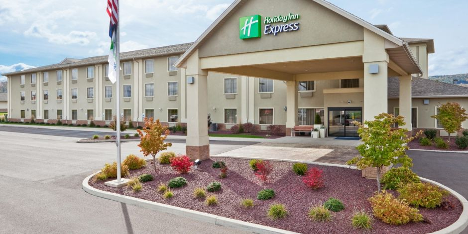 Holiday Inn Express Exterior Bloomsburg Pa Easy On Off I 80 Hotel