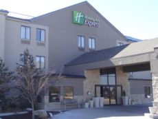 Holiday Inn Express Kansas City - Bonner Springs in Lawrence, Kansas