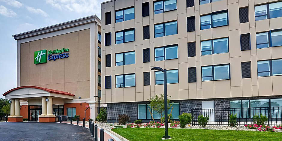 Hotels Near Boston Convention Center In South Boston Holiday Inn
