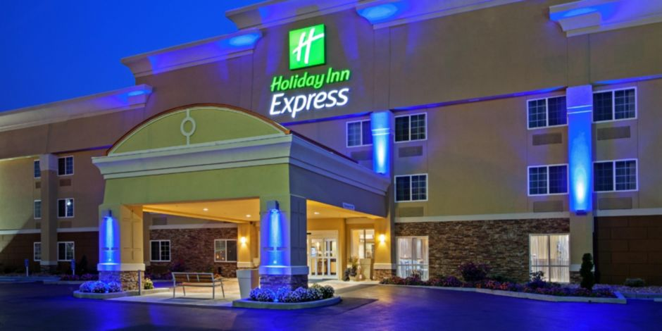 Welcome To The Holiday Inn Express Of Bowling Green Kentucky