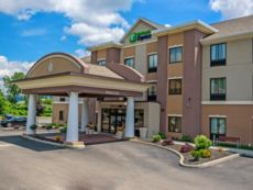 Holiday Inn Express Bradford in Salamanca, New York