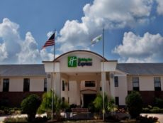 Holiday Inn Express Breaux Bridge/Henderson in Lafayette, Louisiana
