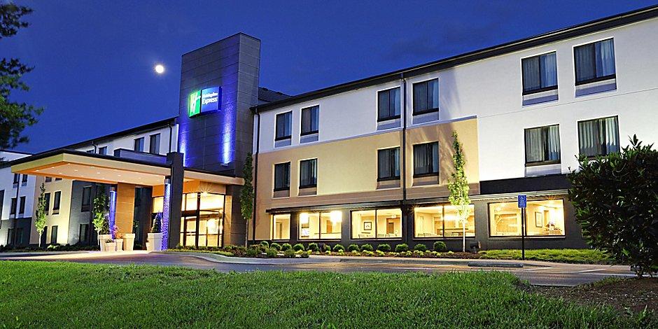 Hotels In Franklin Tn South Of Nashville Holiday Inn Express