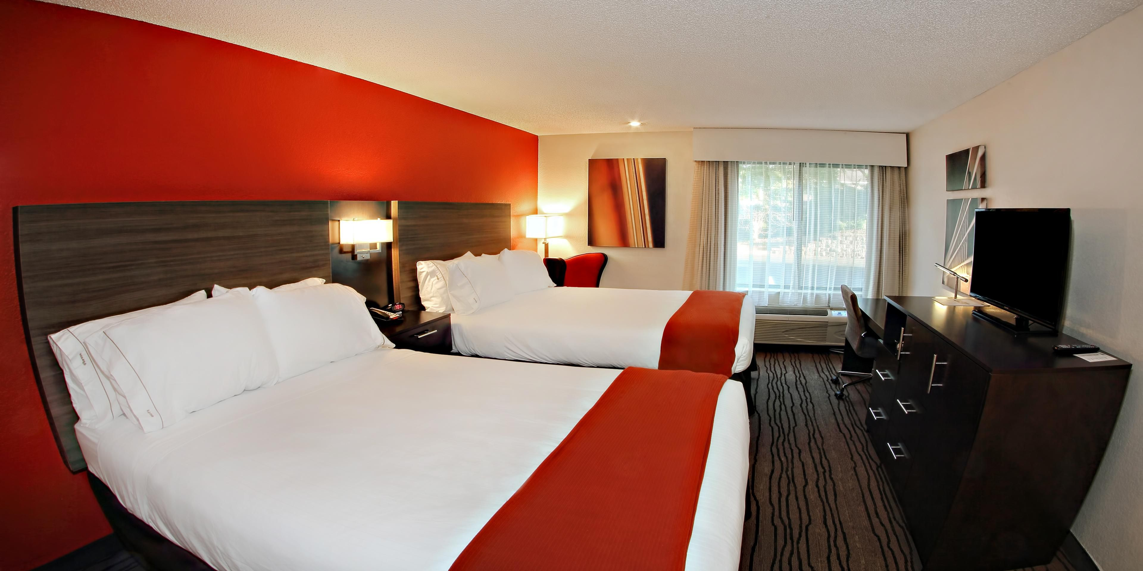 ... Double Bed Guest Room At Holiday Inn Express Cool Springs Hotel ...