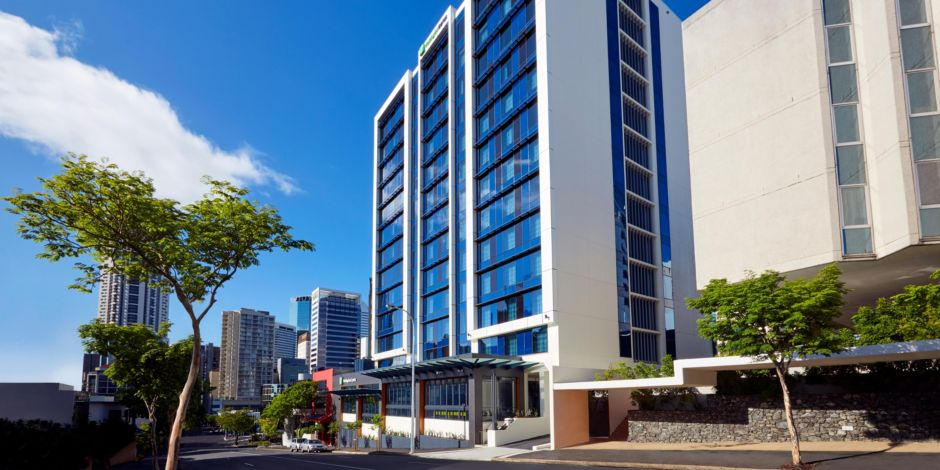Holiday inn express brisbane central hotel in brisbane by ihg reheart Image collections