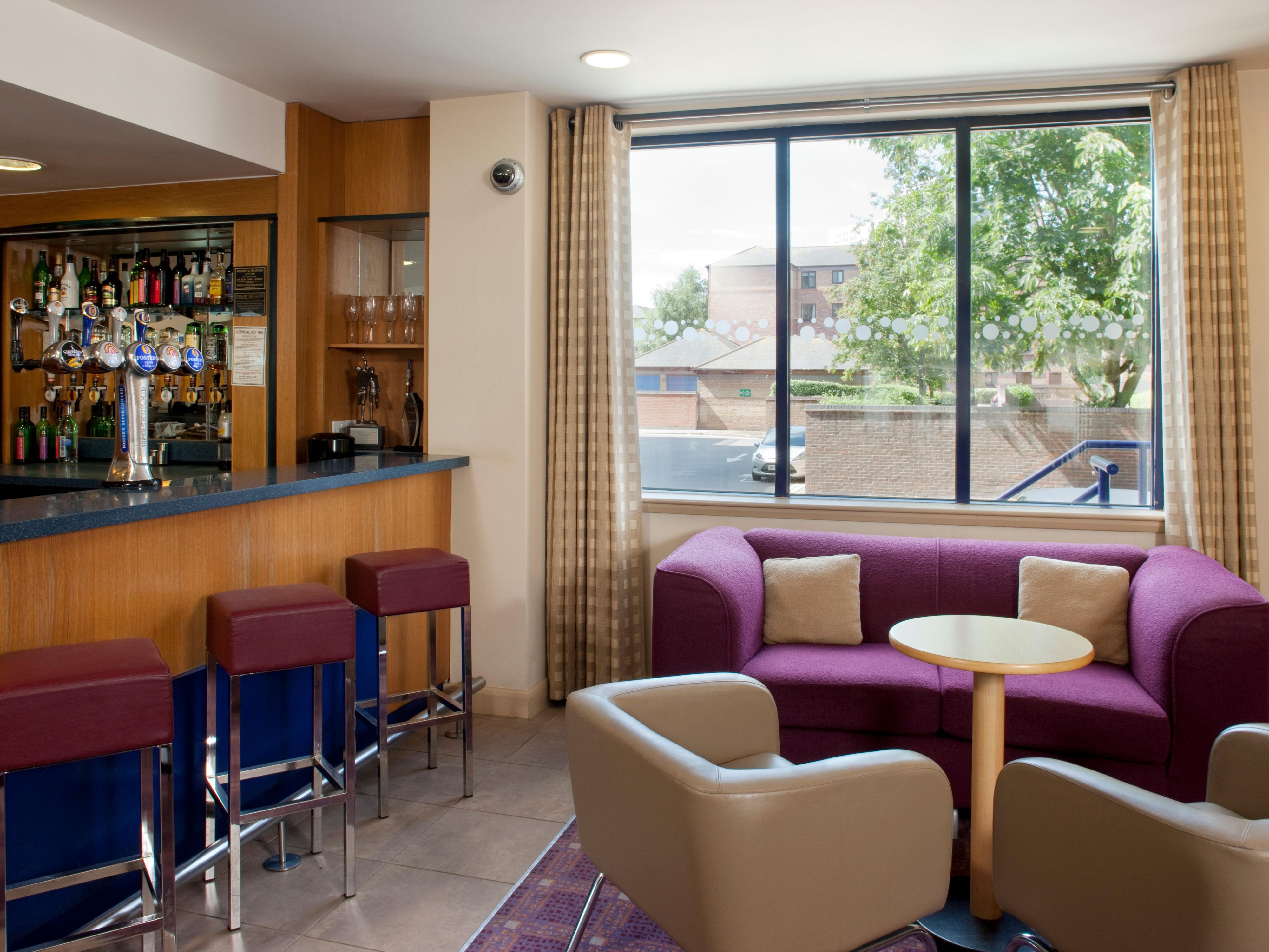 Enjoy a catch up with friends in our lounge bar