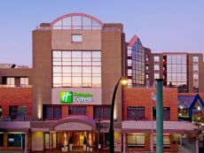 Holiday Inn Express Vancouver-Metrotown (Burnaby) in Richmond, British Columbia