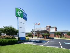 Holiday Inn Express Cambridge in Solomons, Maryland