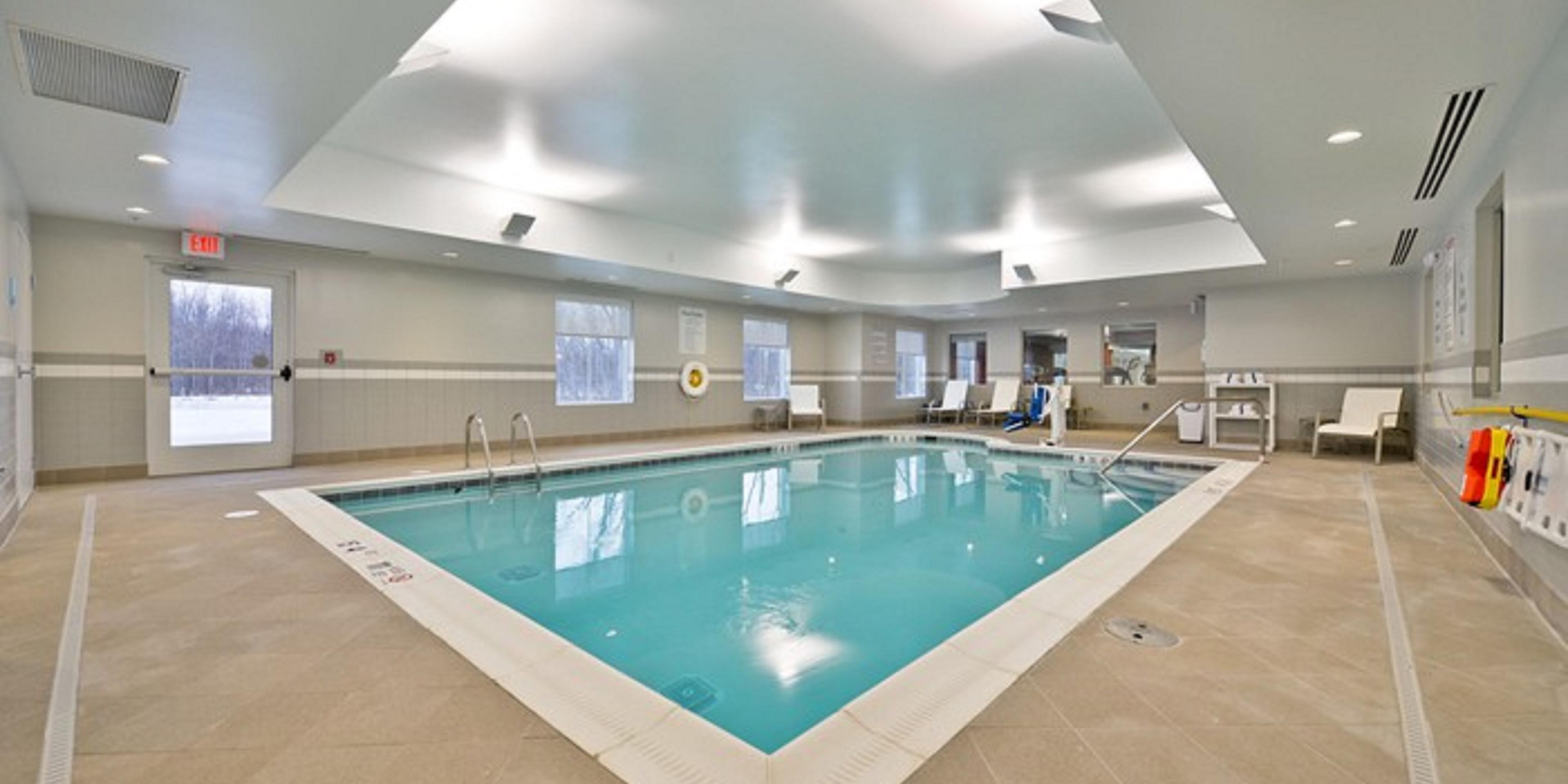 Finger Lakes Hotel Canadaigua, NY - Holiday Inn Express Canandaigua