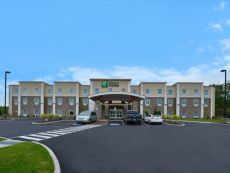 Holiday Inn Express Canandaigua - Finger Lakes in Waterloo, New York
