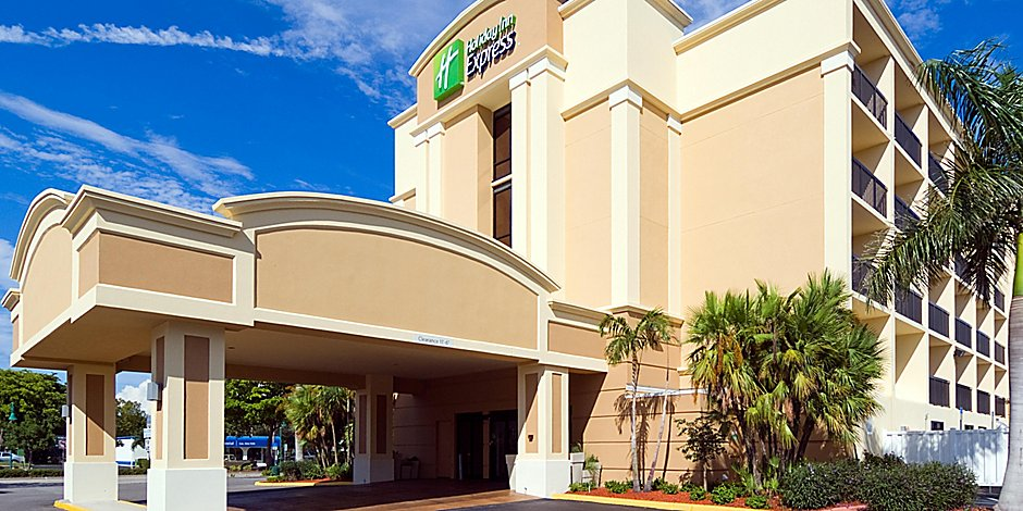 Holiday Inn Express Cape Coral-Fort Myers Area Hotel by IHG