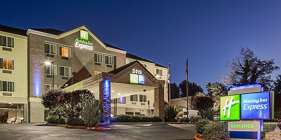 Castro Valley Hotels Near Oakland Airport | Holiday Inn