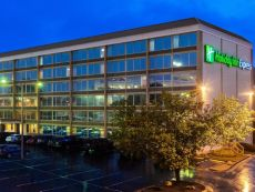 Holiday Inn Express Charleston-Civic Center in Cross Lanes, West Virginia