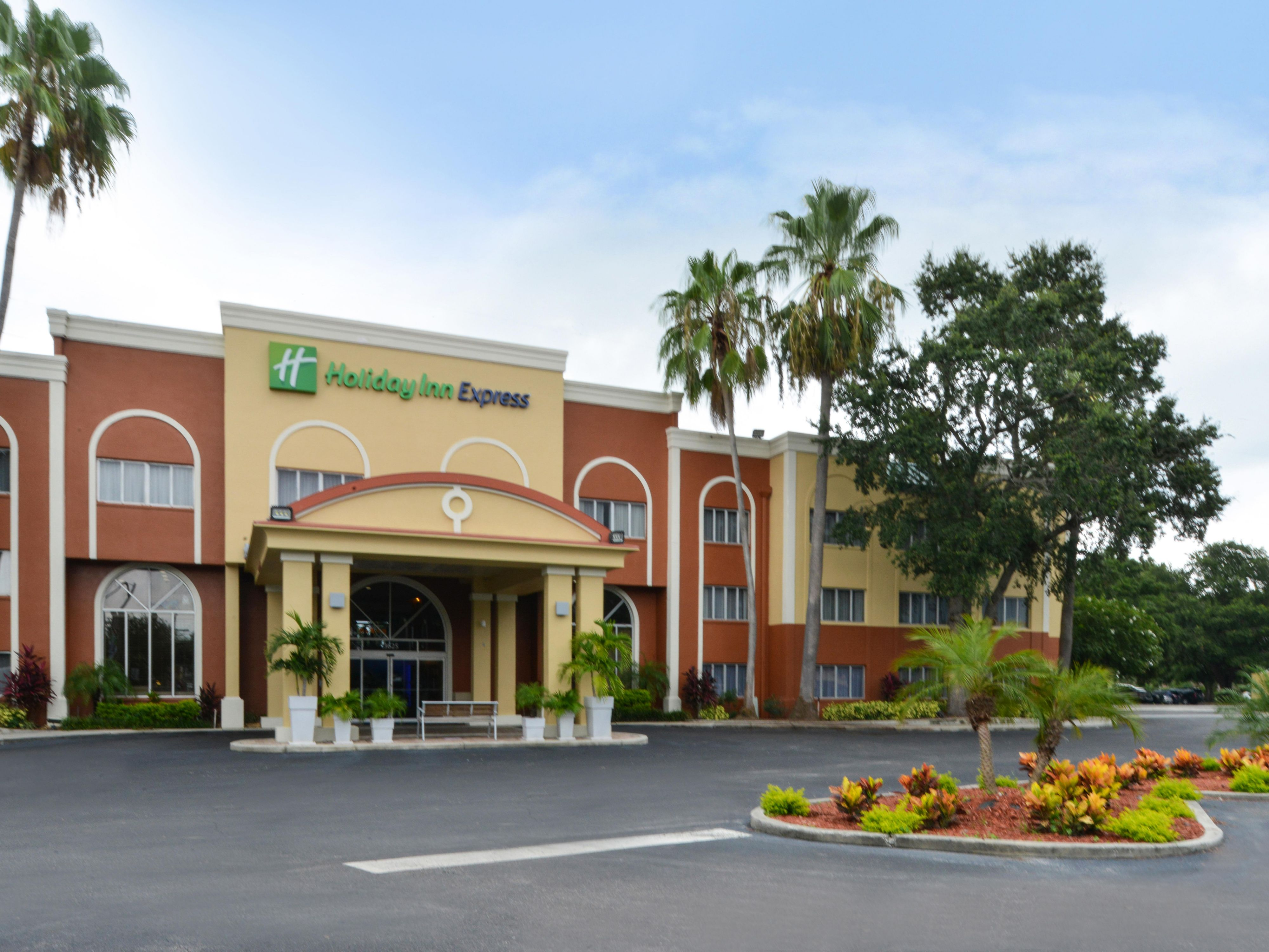 Holiday Inn Express Clearwater East Icot Center Hotel In