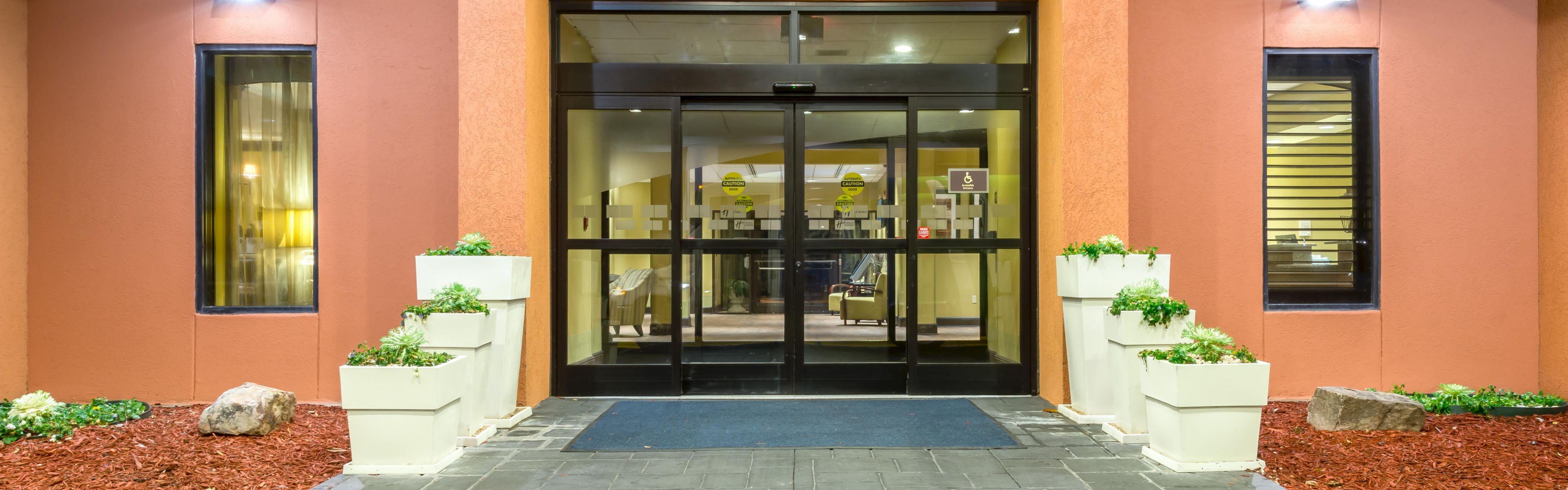 Hotels Near College Park Ga Affordable Doubletree Hotel Atlanta