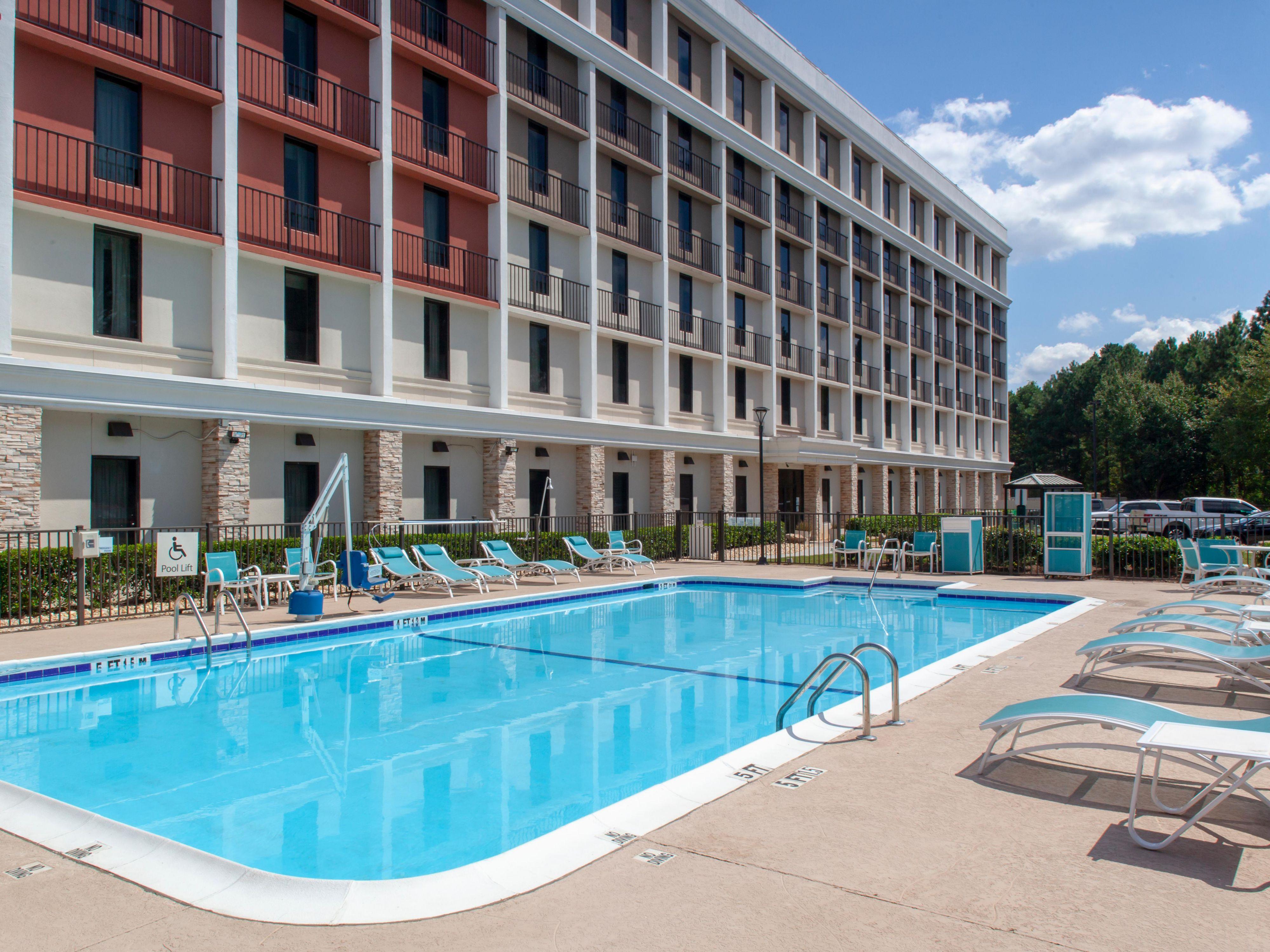 Pet-Friendly Hotels Near Atlanta Airport   Holiday Inn