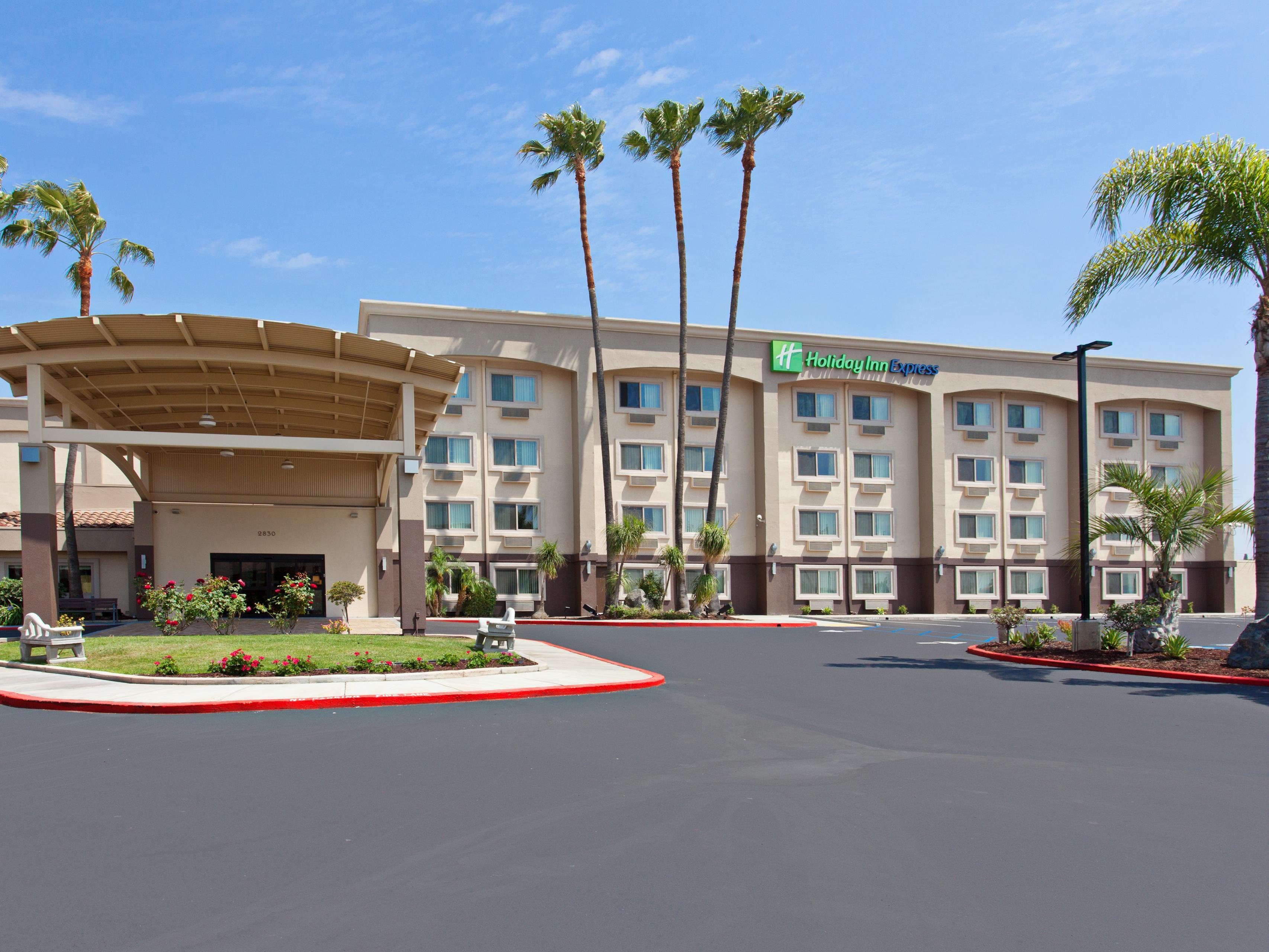 Nos Center San Bernardino Hotels
