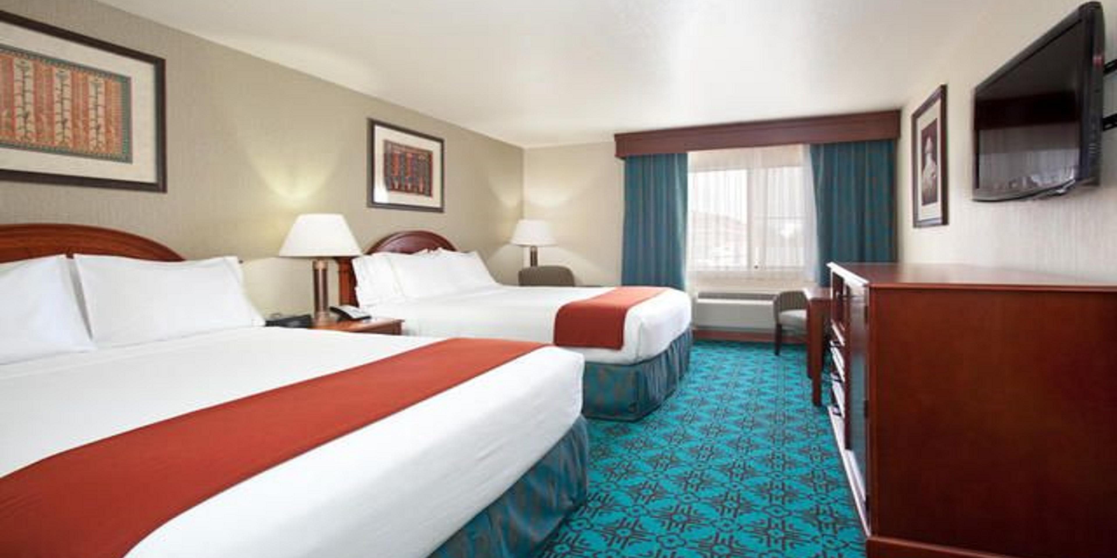 Holiday Inn Express Cortez 3617959381 2x1