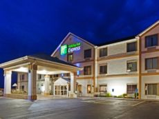 Holiday Inn Express Dandridge in Newport, Tennessee