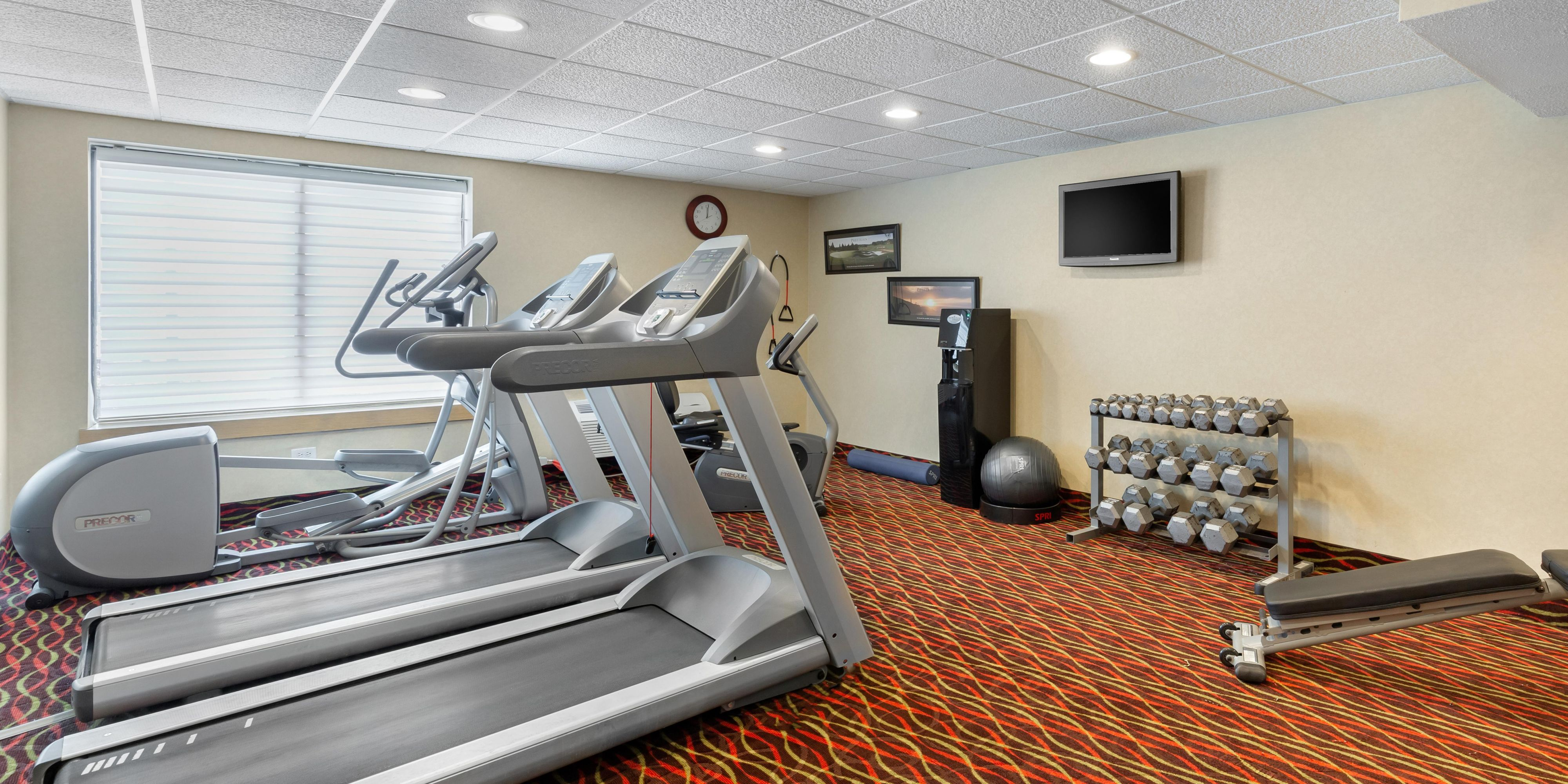 Hotels in Downers Grove, IL Near Chicago - Holiday Inn Express