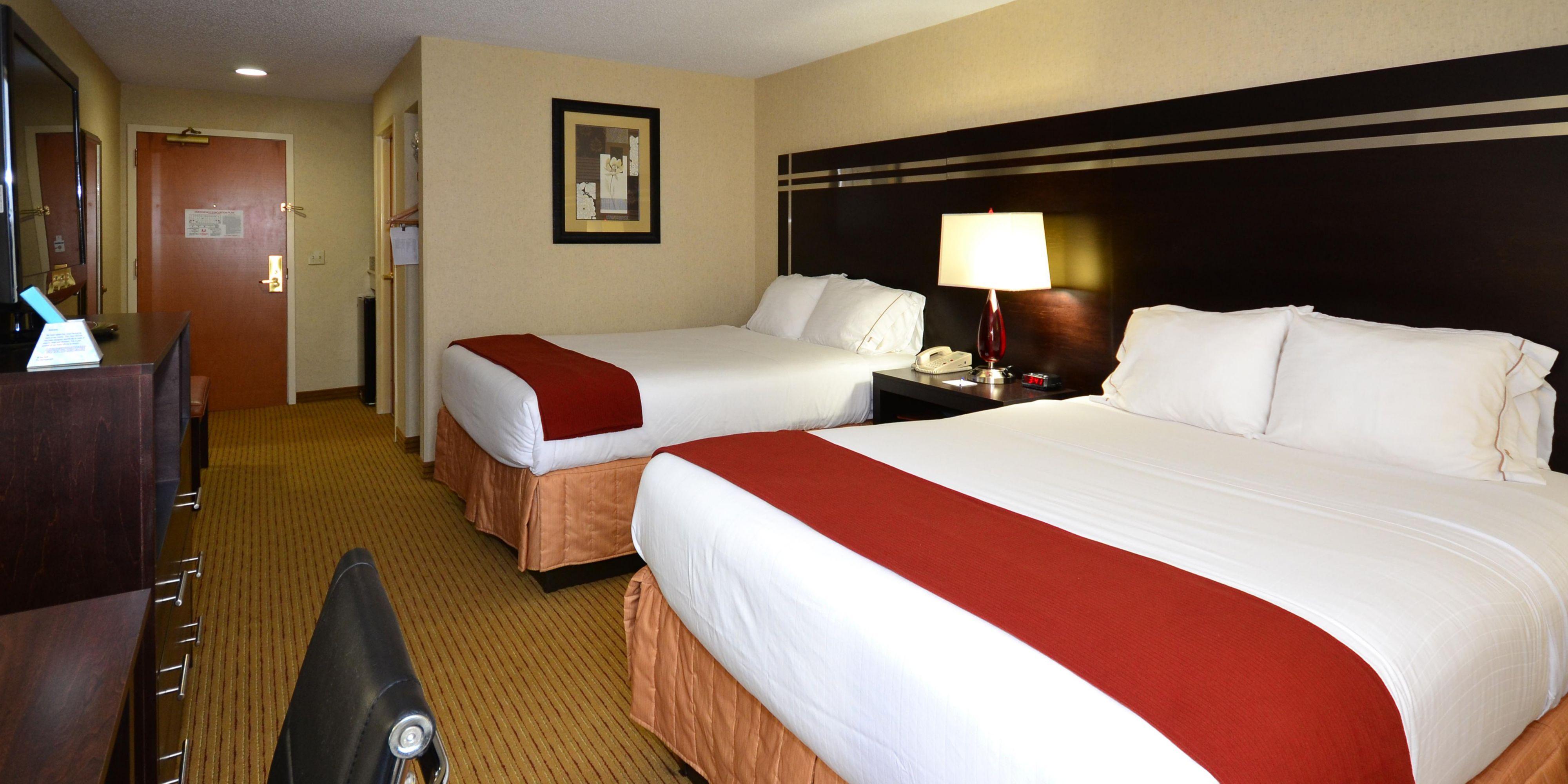 Holiday Inn Express Dublin 2532597450 2x1