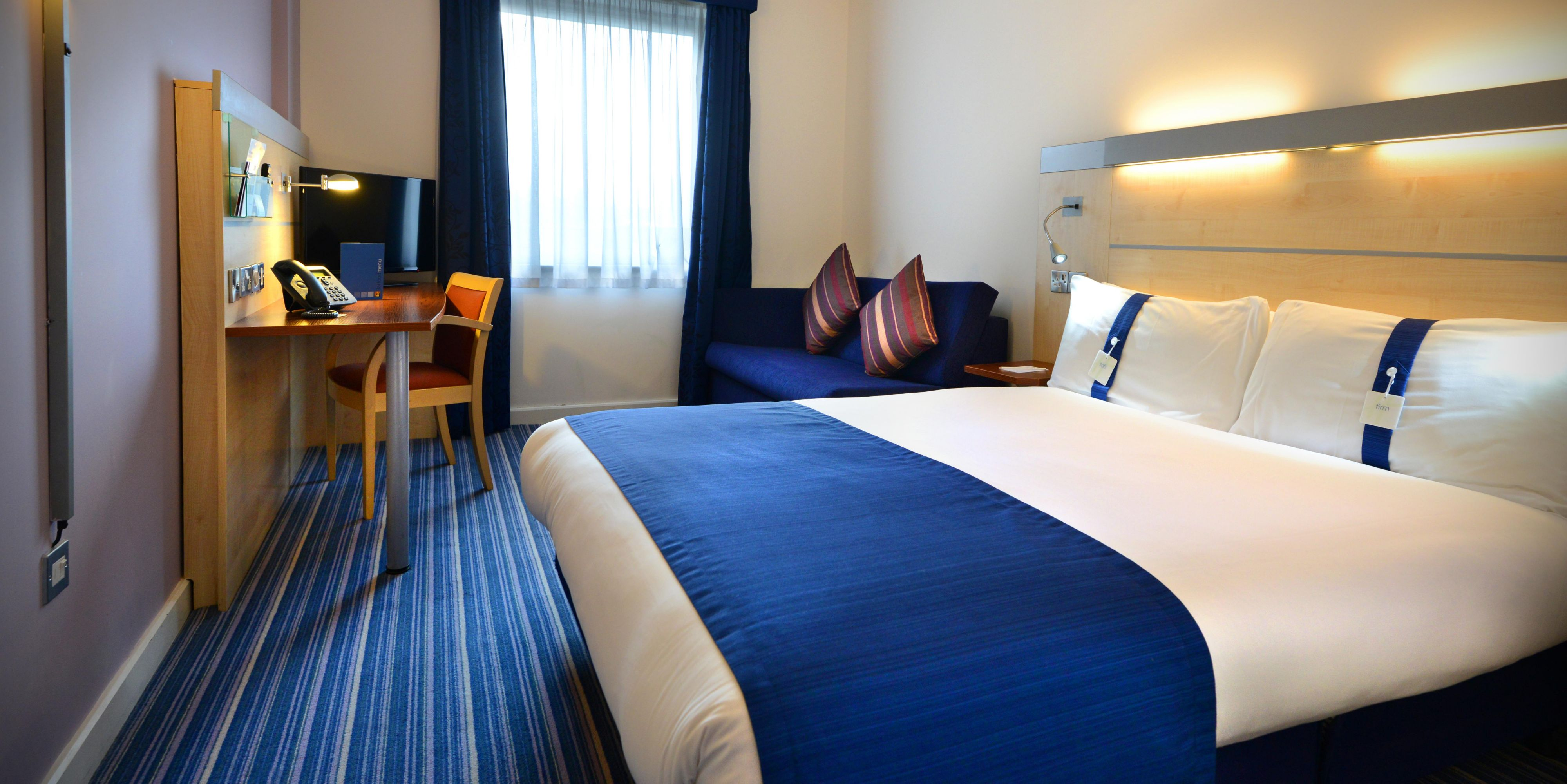 Holiday Inn Express Dublin Airport Hotel By Ihg