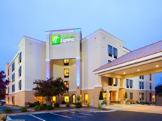 Holiday Inn Express Durham in Mebane, North Carolina